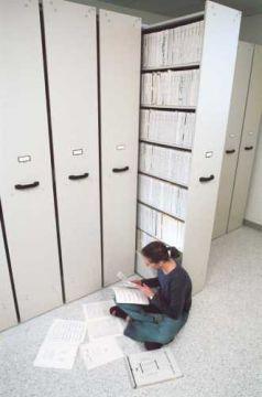 Musikbibliothek mit 7 Regalborden